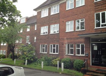 Thumbnail 3 bed flat to rent in Granville Place High Road, Finchley London
