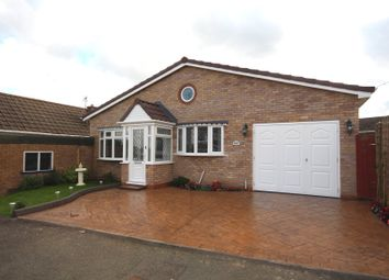Thumbnail 3 bed detached house for sale in Eastwood Avenue, Chase Terrace, Burntwood