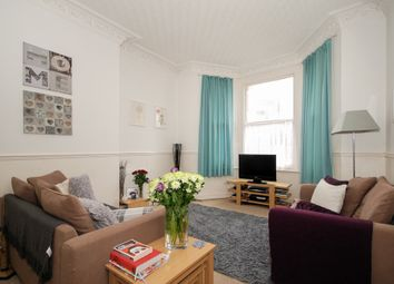 Thumbnail 1 bed flat to rent in Ravensbourne Road, Bromley
