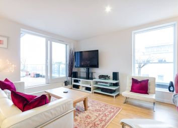 Thumbnail 2 bed flat to rent in Point Pleasant, Putney