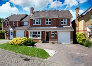Thumbnail 4 bedroom detached house for sale in Primrose Copse, Horsham