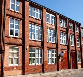 Thumbnail 1 bed flat to rent in Dartford Road, Aylestone, Leicester