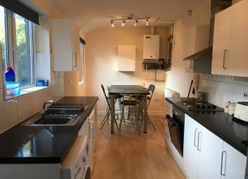Thumbnail 6 bed property to rent in West Parade, Lincoln