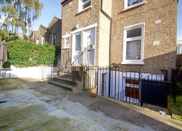 2 bed terraced house to rent in Powerscroft Road, London E5