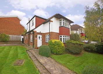 Coombe Road, Bushey Heath, Hertfordshire WD23. 3 bed detached house
