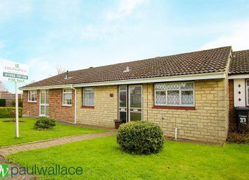 Thumbnail 2 bedroom bungalow for sale in Granby Park Road, Cheshunt, Waltham Cross