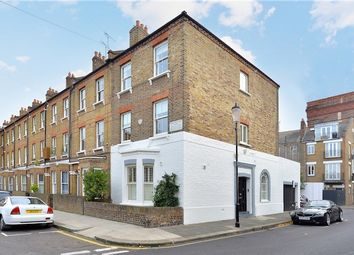 Thumbnail 4 bed end terrace house for sale in Stadium Street, Chelsea