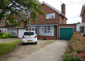 Thumbnail 3 bedroom detached house to rent in Windsor Road, Swindon