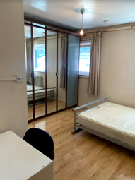 Thumbnail 4 bed shared accommodation to rent in Denning Point, Commercial Street, Aldgate
