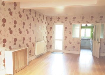 2 bed terraced house to rent in Pretoria Road, Gillingham ME7