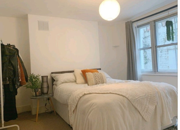 Thumbnail 2 bed shared accommodation to rent in King's Cross Road, London