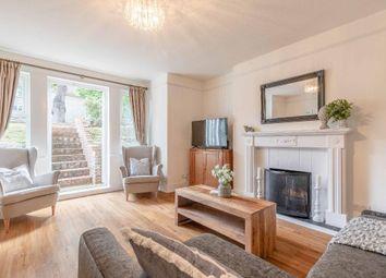 2 bed flat to rent in Osborne Road, Windsor SL4