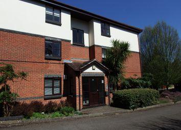 1 bed flat to rent in White Rose Lane, Woking GU22