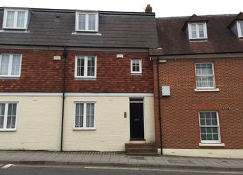 3 bed flat to rent in Station Road West, Canterbury, Kent CT2
