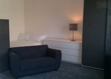 Thumbnail Studio to rent in Colville Square, London