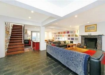 4 bed maisonette to rent in Oval Road, Primrose Hill, London NW1