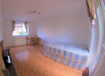 Thumbnail 3 bed shared accommodation to rent in St Andrews Road, East Acton