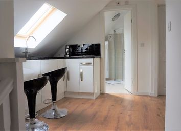 Thumbnail 1 bed flat to rent in Rydal Gardens, Kingston/Putney Vale, London