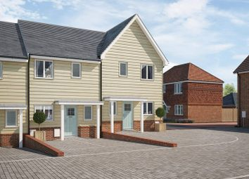 Thumbnail 2 bedroom terraced house for sale in East Street, Billingshurst, West Sussex
