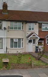 Thumbnail 3 bed terraced house to rent in Byron Avenue, Hounslow