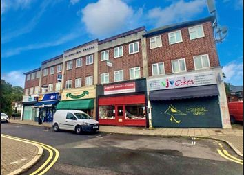 2 bed flat to rent in Cannon Lane, Pinner HA5