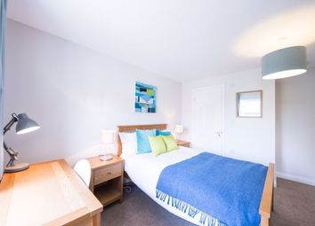 Thumbnail Room to rent in Room 5, Deardon Way, Shinfield