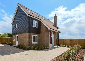 5 bed detached house for sale in Lewknor, Watlington, Oxfordshire OX49