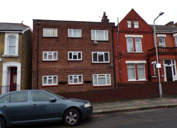 1 bed flat to rent in Kent Road, Gravesend DA11