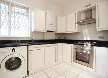 Thumbnail 3 bed flat to rent in Hillmarton Road, Islington