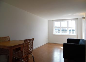 Thumbnail 1 bedroom flat to rent in Kenwyn Road, Clapham Common