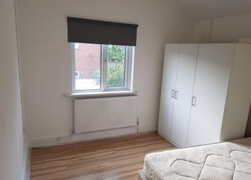 Thumbnail Studio to rent in Mackintosh Place, Roath, Cardiff