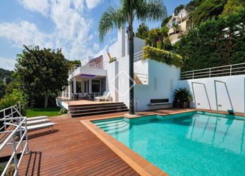 Thumbnail 7 bed villa for sale in Spain, Costa Brava, Blanes, Cbr7339