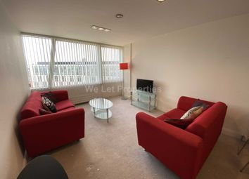2 bed flat to rent in Strand Street, Liverpool L1