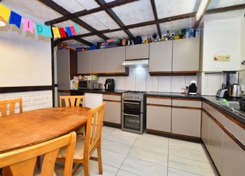 3 bed maisonette to rent in Sheffield Square, London E3