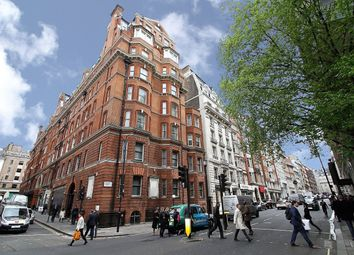 Thumbnail 3 bed flat for sale in Berkeley Street, Mayfair, London