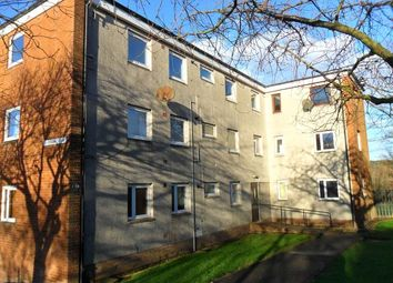 2 bed flat to rent in Deveron Crescent, Dundee DD2