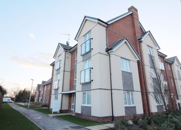 Thumbnail 2 bed flat to rent in Fullbrook Avenue, Spencers Wood, Reading