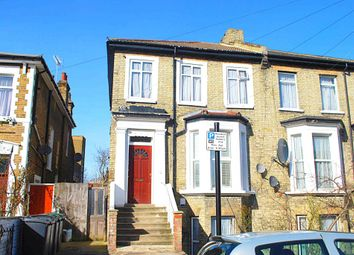 Thumbnail 2 bed flat to rent in Newnham Road, Wood Green