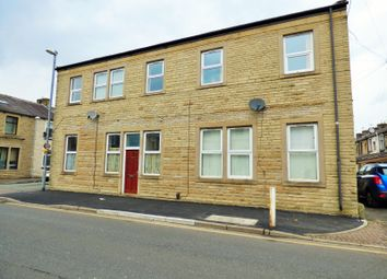 Thumbnail 2 bed flat to rent in Lyndhurst Road, Burnley