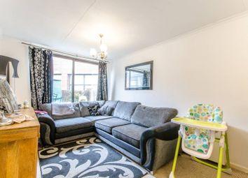 Thumbnail 2 bedroom flat for sale in East Barnet Road, East Barnet