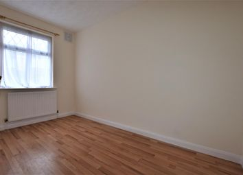 Thumbnail 2 bed flat to rent in Grantham Gardens, Romford