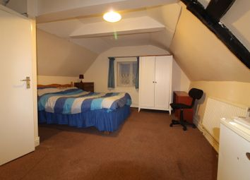 Thumbnail Room to rent in Station Approach, Wesy Drayton