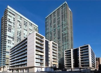Thumbnail 3 bedroom flat to rent in Landmark East Tower, Marsh Wall, Canary Wharf, London, UK