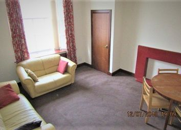 Thumbnail 4 bed flat to rent in Union Street, Dundee