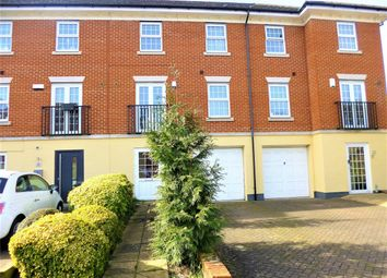 Thumbnail 4 bed town house to rent in Teal Way, Nash Mills, Hemel Hempstead, Hertfordshire