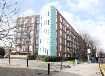 Thumbnail 2 bed flat to rent in Evelyn Street, London