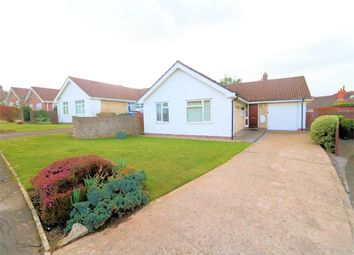 Jubilee Drive, Thornbury, South Gloucestershire BS35. 3 bed bungalow