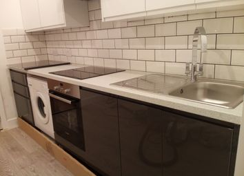 Thumbnail 3 bed flat to rent in Kinloss Gardens, London
