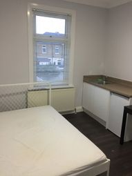 Thumbnail Studio to rent in Room 4 Blythswood Road, Ilford
