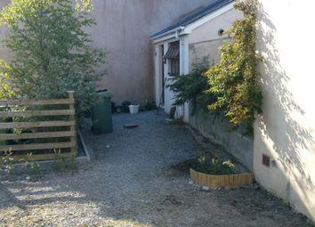 Thumbnail 1 bed flat to rent in Llanbadarn Fawr, Aberystwyth